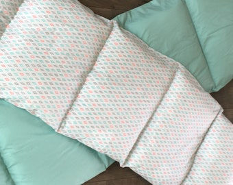 Southwest Pillowbed Holds 5 Pillows