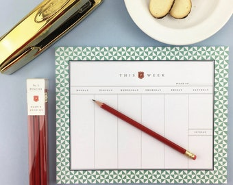 Graduation Gift / Weekly Notepad Planner / Weekly Planner / 2018 / Weekly Notepad / Notepad / Notepad Planner / Calendar Notepad / Pinwheel