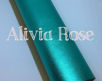 Lustre Metallic Green Leatherette Fabric sheet, leather, A4, 8.5x12, faux leather, metallic, leather jewelry, leather bow