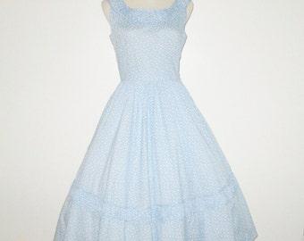 Vintage 1950s Blue Floral Dress / 50s Floral Dress / 50s Blue & White Dress / 50s Ruched Dress - Size S, M