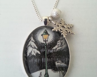 Narnia Lamp Post Bookpage Necklace with Snowflake