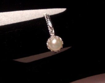 Ring pearl in eco friendly sterling silver from recycled sources - freshwater pearl - Custom Made in your Size
