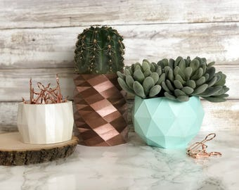 Geometric Planters Set of 3   Desk Organizers   Perfect for Office Decor and Desk   Great Gift   Modern Home   Lightweight   Storage