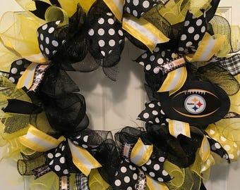 Lions, Steelers or Packers Wreaths