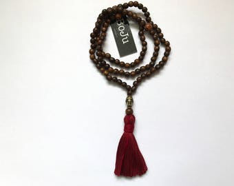wooden Mala beads - 108 Mala necklace - prayer beads - meditation beads - yoga beads - buddha beads - mens mala - stretch mala - bracelet