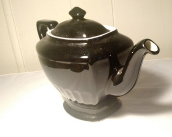 vintage Hall tea pot  in Black made in USA