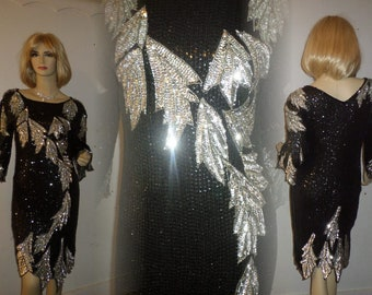 Vintage Dazzling 1920's Style Flapper Full Silver & Black Sequin Beaded Dress Size Medium