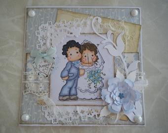 Carte de mariage avec un petit couple de mariés