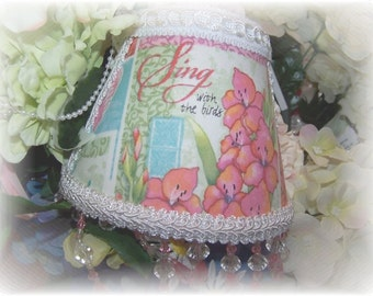 NEW Sing with the Birds Garden Collection NIGHT LIGHT Colorful Florals with Pink and Clear Teardrop Beading
