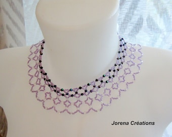 Choker bib neck with 4 rows of purple beads
