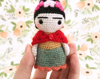 Frida Kahlo doll - handmade frida kahlo doll -  cute pocket amigurumi doll