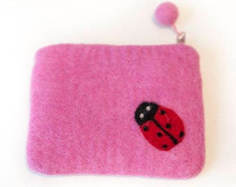 Hand-felted wallet with zipper