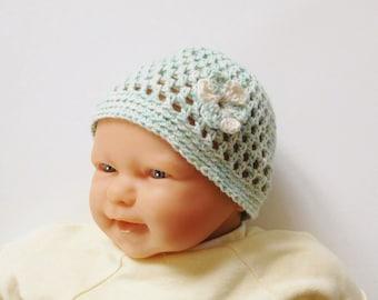 Baby Hat newborn - 1 month green organic cotton with flower, crocheted hand