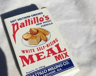 Vintage 1950's  Pattillo's White Self-Rising Meal Mix Free Sample Box, Pattillo Milling Co, E Tallassee, Alabama, Miniature Corn Meal Box