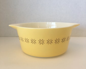 Vintage Pryex Town & Country Bowl