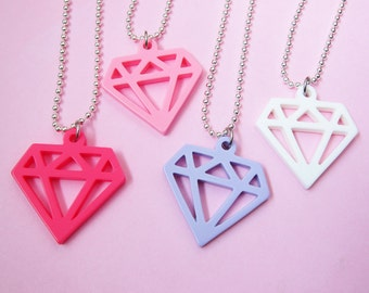 Diamond Plastic Necklace - Hot Pink, Light Pink, Lilac, White  (D2I1)