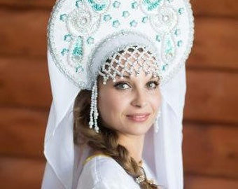 "Headdress Kokoshnik ""Nadia"" - Russian traditional Folk Costume"