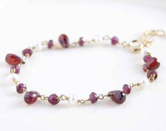 Garnet Bracelet ~ Garnet Teardrop and Pearl ~ Dainty Gemstone Bracelet ~ January Birthday ~ Genuine Garnet Bracelet ~ Freshwater Pearls