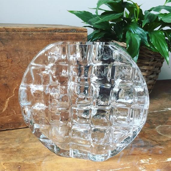 Josef Schott vase from Smålandshyttan swedish glass midcentury modern Scandinavian modern Swedish glass