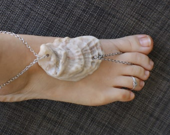 Seashell attached toe ring anklet sandal