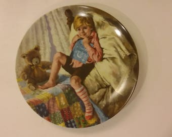 Diddle Diddle Dumpling plate by the artist John McClelland.  Limited Edition 1984, Mother Goose Series issue #6.