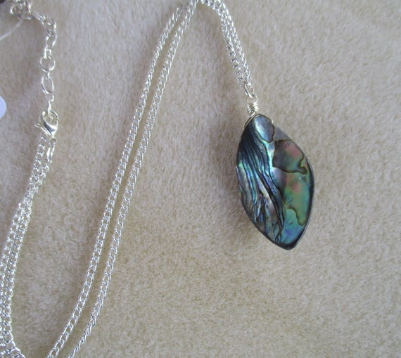 Abalone Petal Necklace N623175