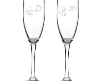 Swirl Heart Bride and Groom  Wedding Flutes