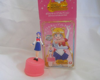 Sailor Mercury bottle cap Sailor Moon, Ami as school girl