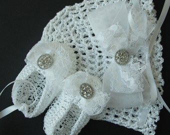 Crochet Newborn Baby Hat Booties Set Baptismal Infant Girl Bonnet Lace Crib Shoes Christening Knit Baby Beanie Mary Janes Reborn Doll Cap