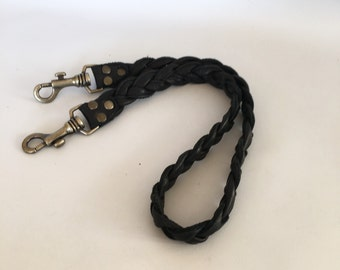 Leather strap in braided black