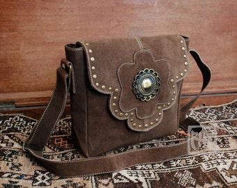 FHT Manali Shoulder Bag Leather & Canvas Handbag
