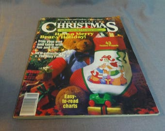 Cross Stitch Christmas, Better Homes and Gardens, Christmas 1991 Magazine Back Issue, 43 Projects