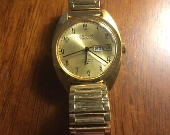 Gruen Soviet watch in pristine condition, self winding with day and date