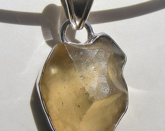 LIBYAN DESERT GLASS Pendant, Libyan Gold Tektite, meteorite impact gemstone, Sterling Silver
