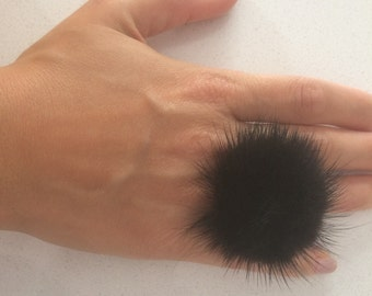 Black furry ring,  Mink pompom ring,  Mink  finger ring with genuine leather.Real fur ring