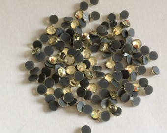 Set of 10 grams of fusible 5 mm Crystal rhinestones