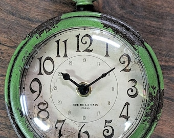 Free Shipping Vintage French Souvenir Rue De La Paix Paris Faux Distressed Powerful Magnetic Clock Working 1 AA Battery Needed Green Brown