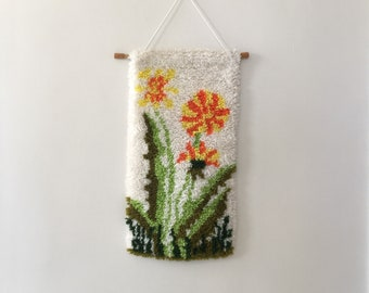 vintage 70's latchhook yarn flower wall hanging // retro shag rug hooking decor