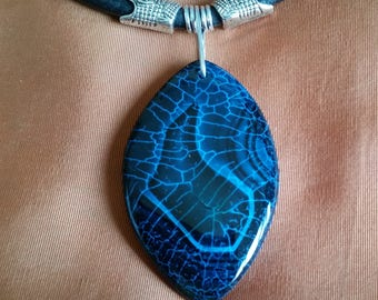 SERPENT HEAD CHOKER with Spider Web Agate Pendant on Thick Leather Cord. Blue & Green Dragon Vein Agate Necklace. With Extender Chain.