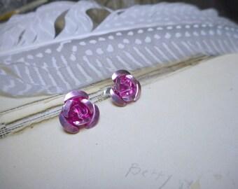 Dusty Pink Roses Large Aluminum metal Roses & titanium post stud earrings. Romantic Victorian garden. Tea earrings.