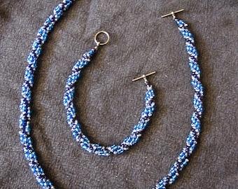Spiral Stitch Necklace and bracelet