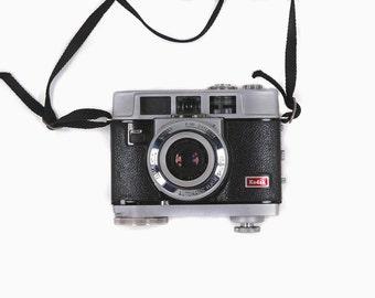 Kodak Motormatic 35 Camera