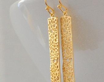 Gold Bar Earrings Gift for Her Minimalist Earrings Everyday Earrings Nature Inspired Earrings Gold Dangle Earrings Boho Earrings Filigree