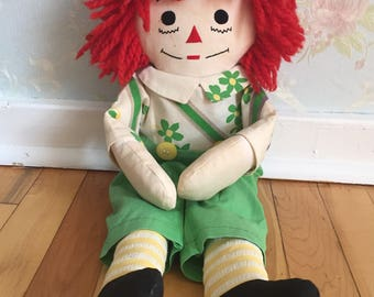 Vintage 1970s Green Floral Raggedy Andy Rag Doll!