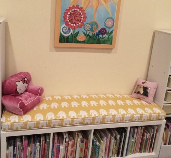 ikea kallax custom kissen spielzimmer kinderzimmer. Black Bedroom Furniture Sets. Home Design Ideas