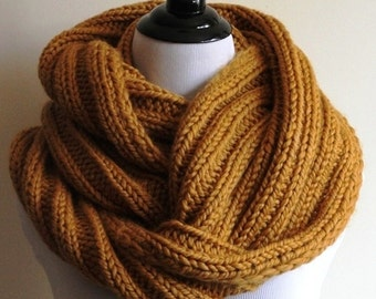 KNIT SCARF, Winter infinity scarf, Ribbed knit infinity scarf, chunky knitted scarf, knit circle scarf, Mustard knit scarf, cozy soft scarf