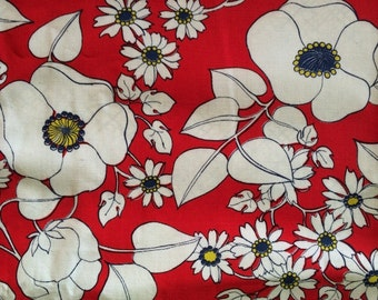 Fun Vintage Flower Fabric 50s Bright Red White and Blue Daisies Cosmos Mid Century Kitsch By the Yard Cute Bright Fun CBF