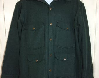 1950s solid dark green Woolrich wool hunting jacket coat looks size XL to XXL