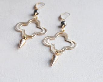 Pyrite Earrings, Spike Earrings, Gold Spike Earrings, Pyrite Spike Earrings, Boho Earrings, Statement Earrings, Quatrefoil Earrings, Pyrite