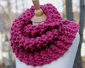 READY TO SHIP Outlander Inspired Mobius Cowl in Raspberry, Chunky Knit, Infinity Scarf, Neck Warmer